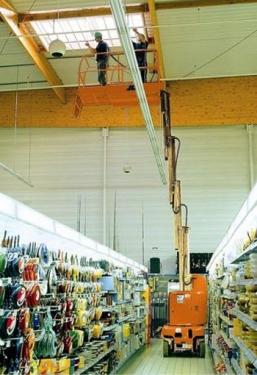 美国JLGToucan 910桅柱式升降平台