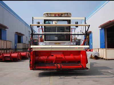 巨明4QS系列4QS2500青贮饲料收获机