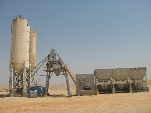 新型HZS75混凝土搅拌站