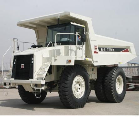 内蒙古北方股份TR60岩斗型矿用自卸车
