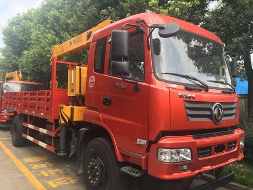 程力EQ1168GLJ4东风御虎6.3吨随车吊