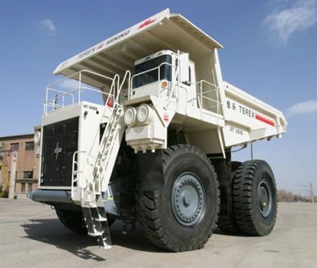 内蒙古北方股份MT3600电传动矿用自卸车
