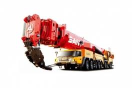 三一重工SAC12000全地面起重机